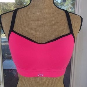 Victoria's Secret Hot Pink VSX Sports Bra Sz 32D